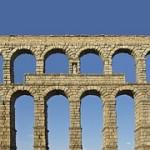 aqueduct-876323__180